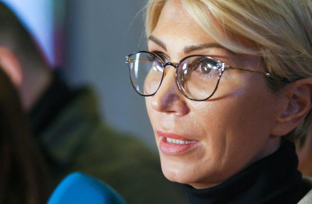 """Raluca Turcan dorește implemetarea unui """"pachet minim de servicii"""" pentru familiile vulnerabile"""