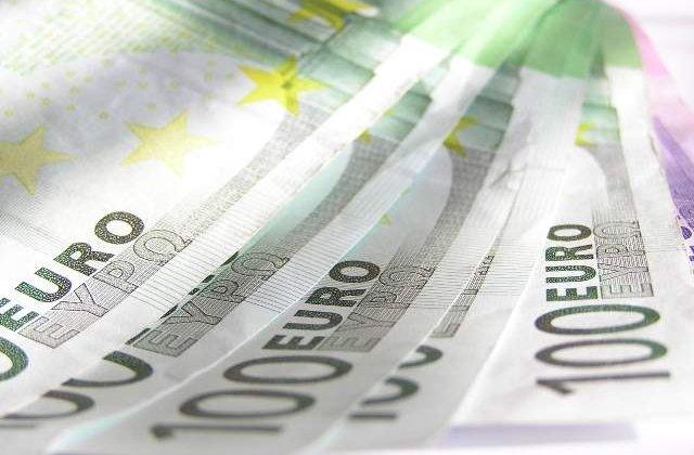 Grecia traieste din turism: Incasari de 1,6 mld. euro in iunie
