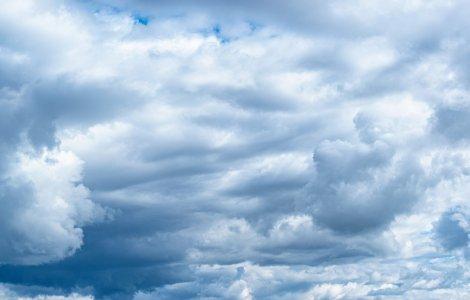 Prognoza meteo - 18 mai. Vremea va fi răcoroasă în vest, nord-vest...