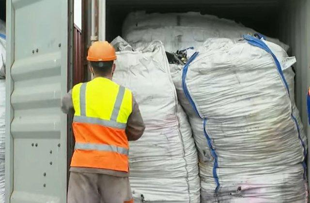 Afacerea cu gunoaie din Portul Constanța. Un procuror avertizează: E doar vârful icebergului