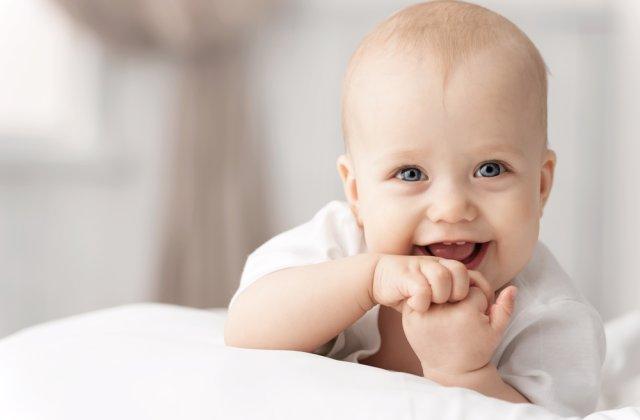 Cum să-ți liniștești bebelușul? Metode prin care poți controla momentele de agitație