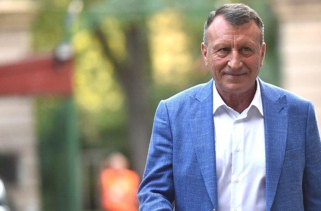 """Paul Stănescu: """"Klaus Iohannis suferă de miopie politică gravă!"""""""