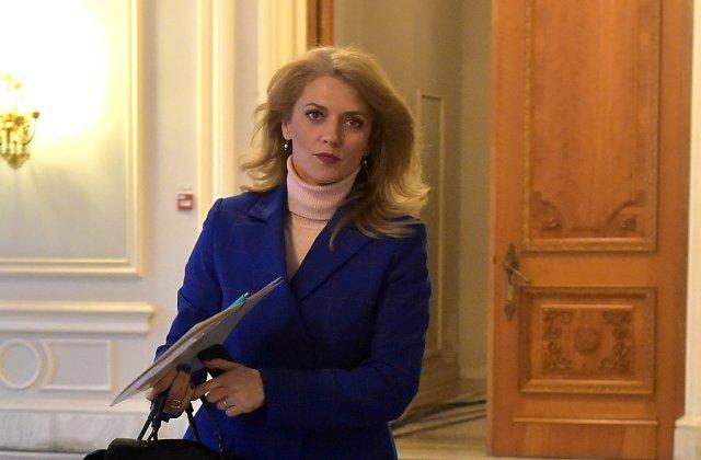 Alina Gorghiu, senator PNL, cere demisia lui Dominic Fritz