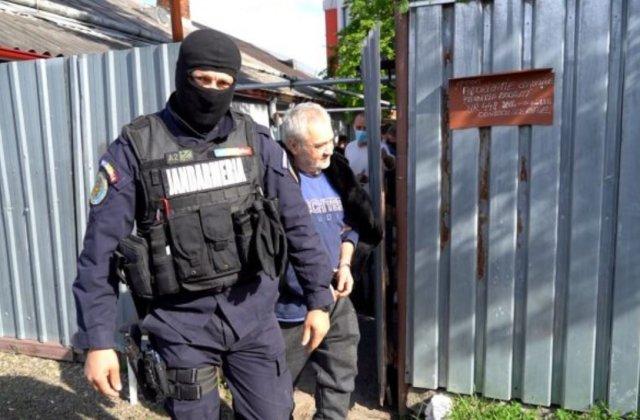"""""""Mâncătorul de femei"""", trimis în judecată pentru omor și profanare de cadavre. Povestea lui Vasile Lavric și punctul slab al anchetei penale"""
