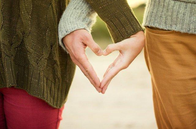Lucruri pe care ar trebui să le faci într-o relație la distanță