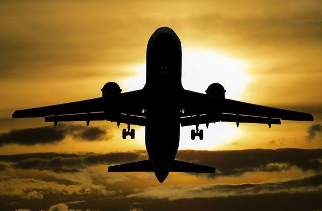 O aeronava Ryanair a fost forţată să aterizeze la Berlin. Presa germană vorbeşte despre o ameninţare cu bombă