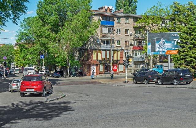 Mașinile parcate neregulamentar în Sectorul 4 vor fi ridicate. Anunțul făcut de Daniel Bălăuță