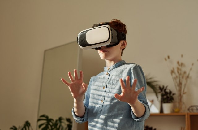 Cercetătorii din Danemarca intenționează să lanseze un joc de realitate virtuală pentru a încuraja vaccinarea anti-Covid