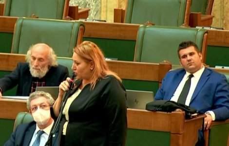 Diana Șoșoacă, amenințată cu moartea. Leagă mesajele de asasinatul...