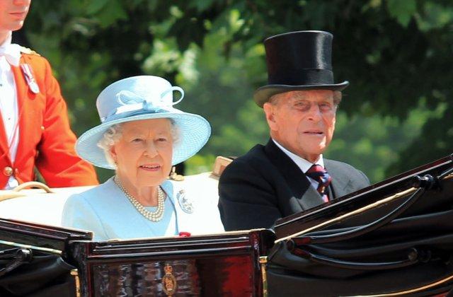 Prințul Philip ar fi împlinit astăzi 100 de ani. Cum va marca momentul regina Elisabeta
