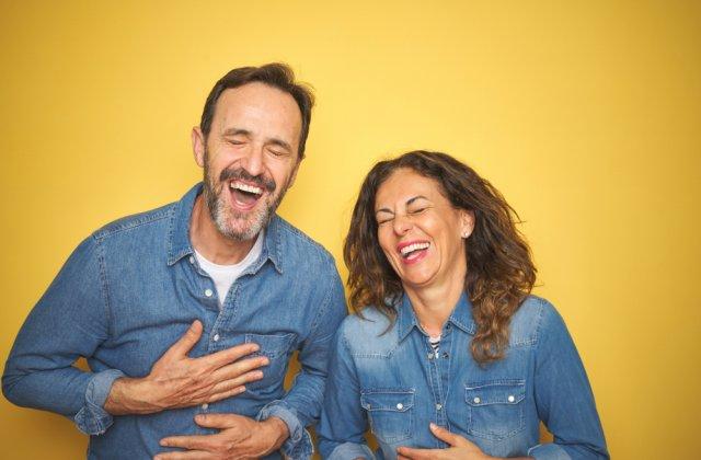 Pauza de râs! Cele mai amuzante 10 bancuri despre soți și soții