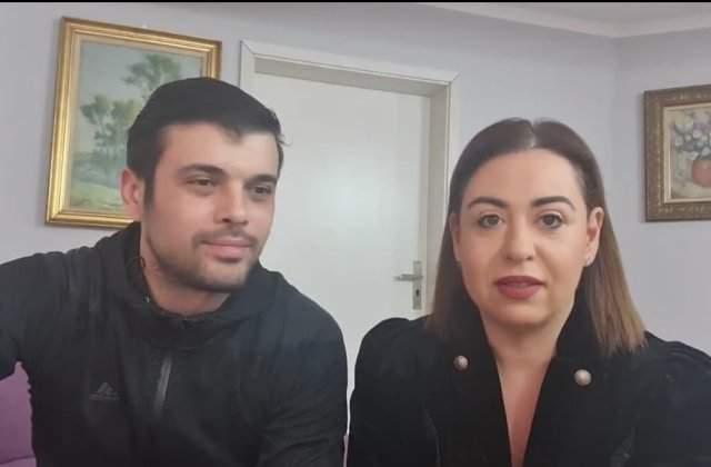 """Oana Roman și Marius Elisei, din nou împreună! Prima fotografie în formulă completă după divorț. """"Nu vă mai despărțiți atât!"""""""