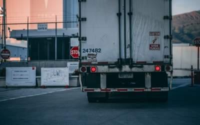 Transportatorii de marfă din...
