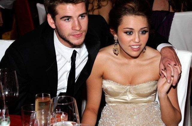 Miley Cyrus si Liam Hemsworth au rupt logodna