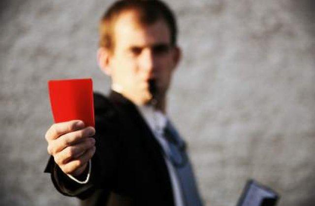 ANPC a amendat opt banci pentru deficiente in informarea clientilor