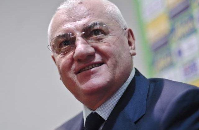 Dragomir: Ma duc in Brazilia chiar daca Romania nu se califica