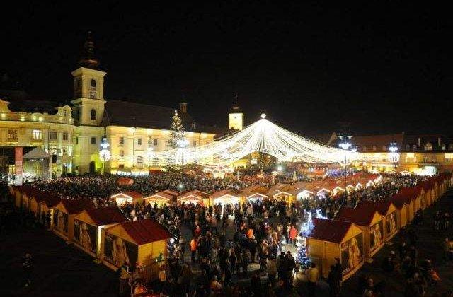 Mii de persoane prezente la deschiderea Targului de Craciun de la Sibiu