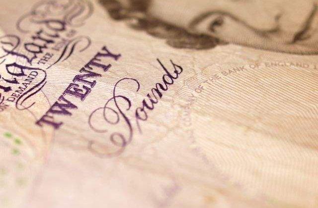 O banca britanica, investigata dupa ce presedintele a fost filmat cand cumpara cocaina