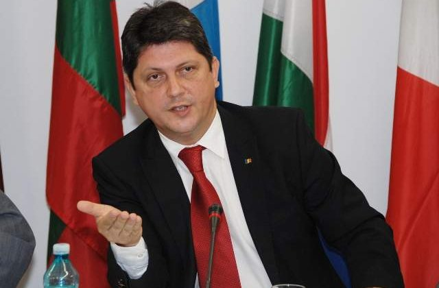 Corlatean: Intrebati Presedintia de ce nu sunt in delegatia de la Vilnius