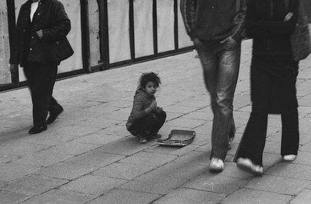Presa britanica: Copiii-sclavi din Romania vor invada Londra la cersit