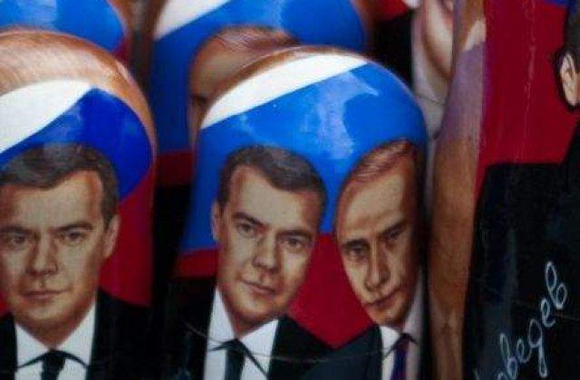"Medvedev, in afara ""tutelei"" lui Putin?"