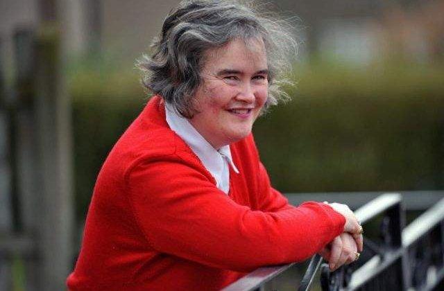Susan Boyle a fost santajata cu 50.000 de lire sterline de fratele ei