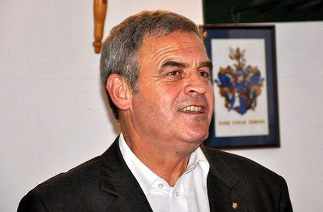 Presa: Tokes Laszlo s-a recasatorit, ceremonia avand loc in Ungaria