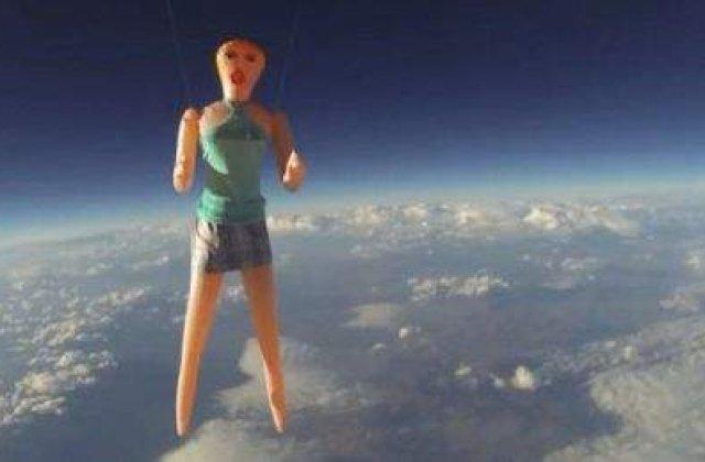 [VIDEO] Prima femeie gonflabila lansata in spatiu a avut o cariera scurta