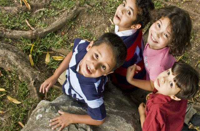 Avertisment: Cum ne INTOXICA brandurile de renume copiii