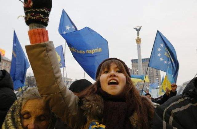 Un manifestant a fost ucis la Kiev, in urma unei ofensive a politiei