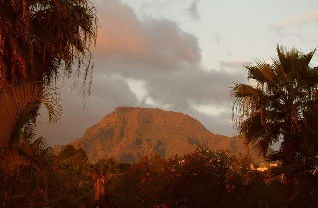 Principalul vulcan din Ecuador, pe cale sa erupa