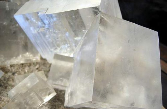 Archimede, prima centrala solara care utilizeaza sare topita