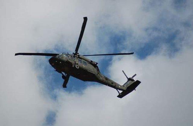 Doua elicoptere militare au aterizat de urgenta in Arges