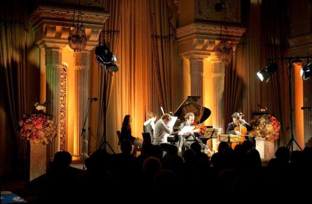 Festivalul SoNoRo: Bal mascat si misterul muzicii de camera