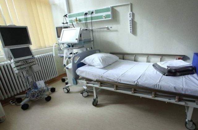 Numarul de paturi din spitale ar putea scadea cu 4.177 pana in 2016