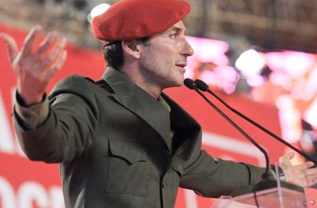 Radu Mazare a venit la vot insotit de sase tinere