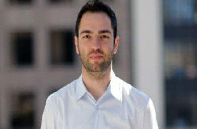 Facebook a cumparat o companie fondata de doi romani
