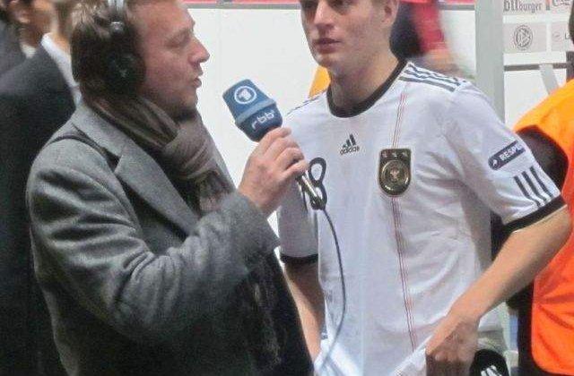 Toni Kroos a semnat cu Real Madrid