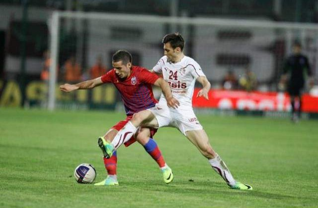 STEAUA a invins Rapid, scor 2-1, si s-a calificat in sferturile Cupei Ligii