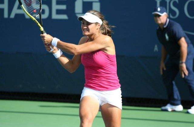 Monica Niculescu s-a calificat in turul doi la Guangzhou