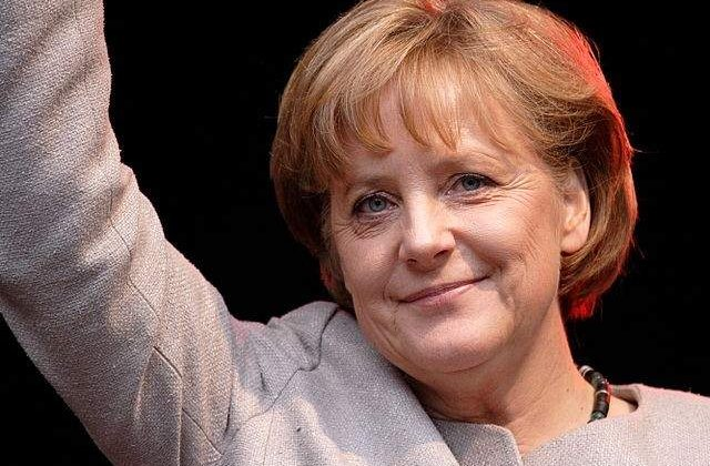 Angela Merkel catre germani: Nu participati la manifestatiile antiislam