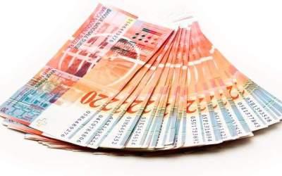 Francul elvetian si dolarul...