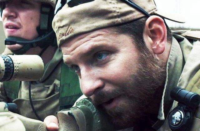 """[VIDEO] """"American Sniper"""", preferatul americanilor pentru Oscarul pentru cel mai bun film"""
