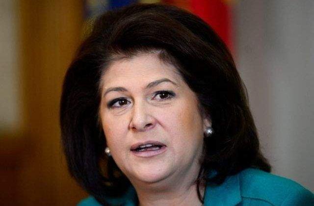 Plumb: Guvernul si-a propus sa revizuiasca Legea salarizarii unitare