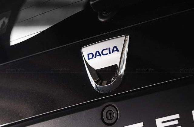Dacia celebreaza 10 ani de la relansare prin prezentarea unui model aniversar la Geneva