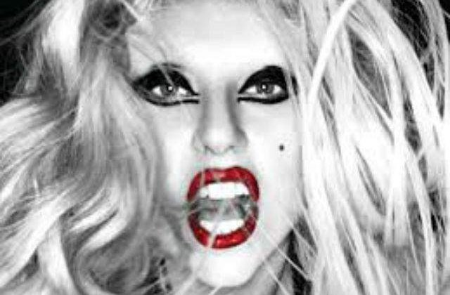 Lady Gaga s-a logodit cu iubitul sau