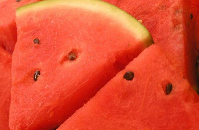 Sunt o arma SECRETA impotriva bolilor! Cei mai SANATOSI samburi de fructe