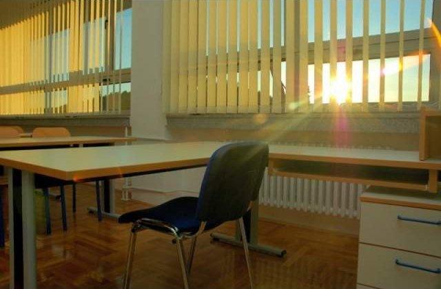 Bucuresti: Prezenta de 95,46% la a doua proba a simularii Evaluarii Nationale