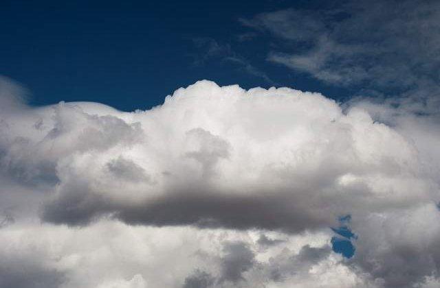 Primavara vine cu ploi! Prognoza meteo pentru luni si marti