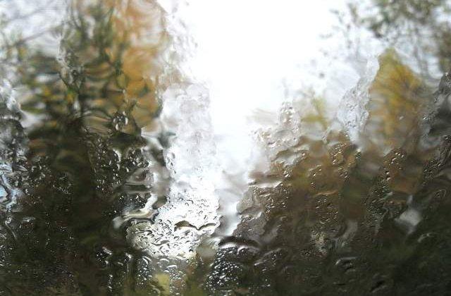 Informare de vreme rea: PLOI, ninsori si vant in toata tara!